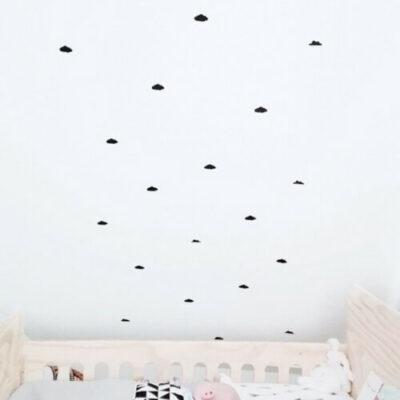 Wolken muurstickers babykamer