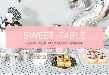 Monochrome sweet table