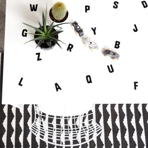 Letters op tafel